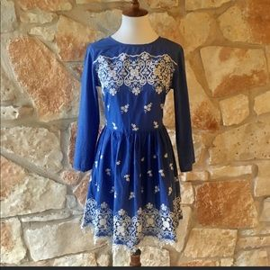 Topshop with blue and white embroidery dress